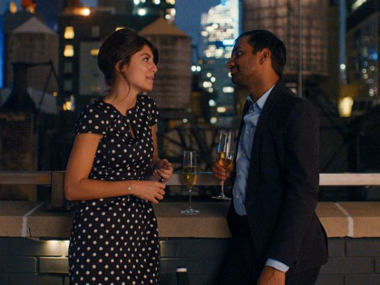 """Aziz and his girlfriend in """"Master of None"""" rooftop scene"""