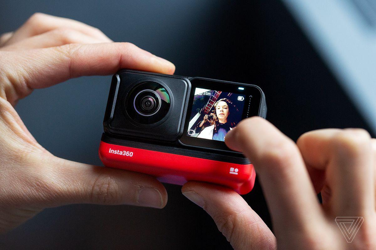 camera Insta360 One R
