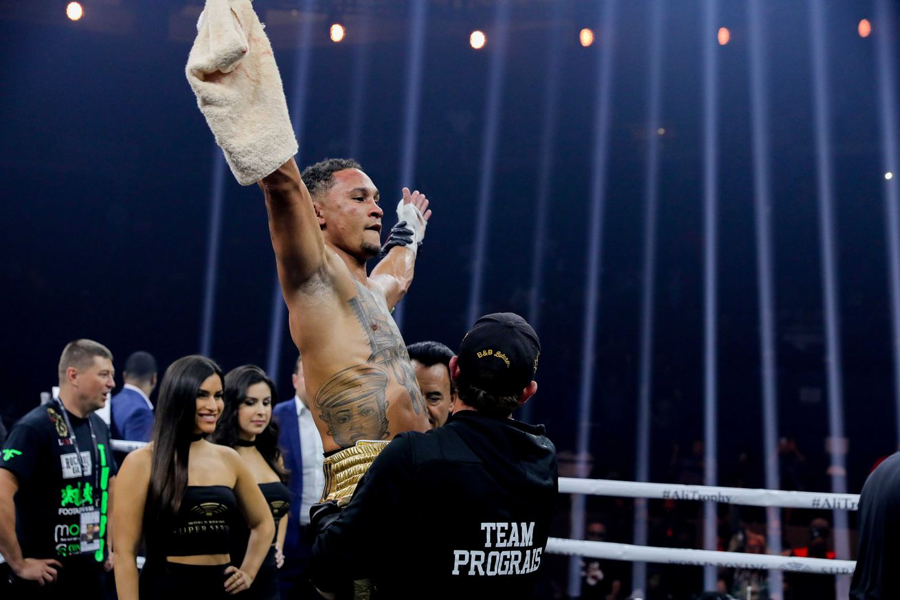 usa today 11540076.0 - Prograis on potential fight with Taylor: 'You've got the two best and we're about to fight'