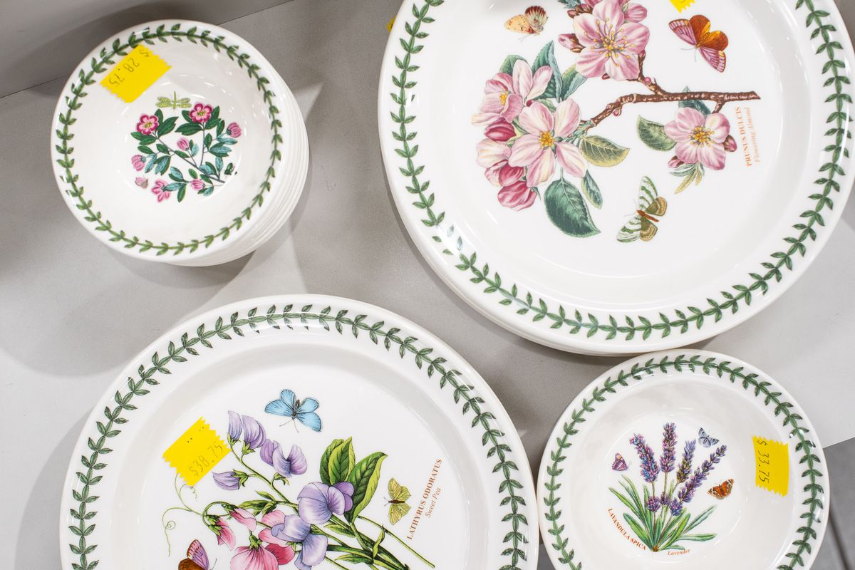 How Portmeirion S Botanic Garden Dishes Took Over Kitchen Cabinets