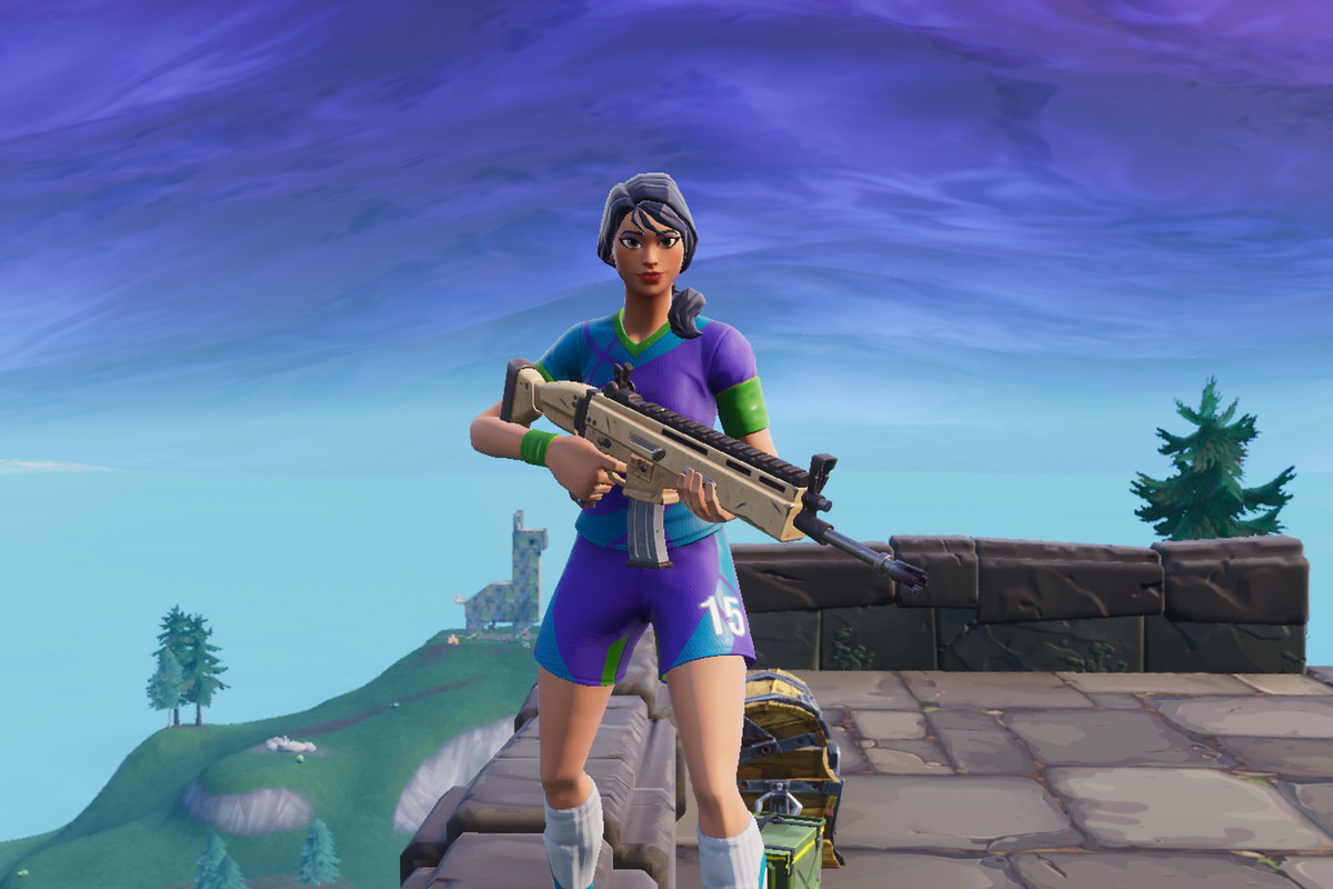 fortnite fans now hate players who wear soccer skins - all female fortnite skins