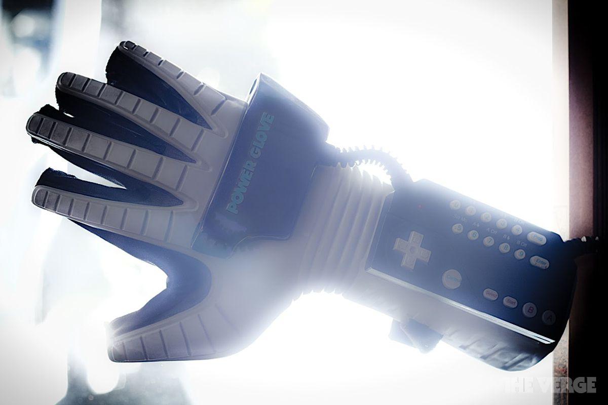 Status Symbols Nintendo Power Glove The Verge