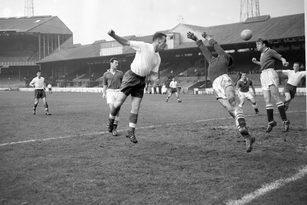 Soccer - League Division One - Chelsea v Bolton Wanderers - Stamford Bridge