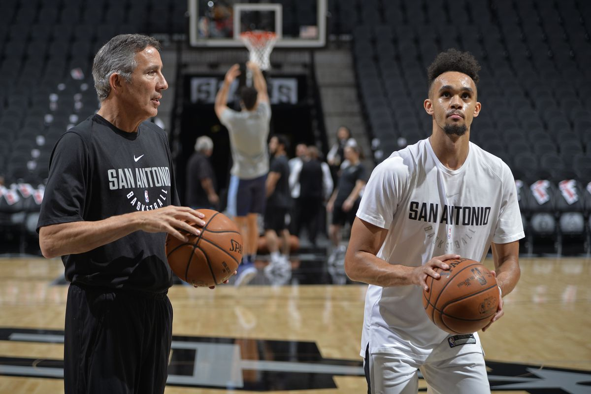 61934c4d0f51 What Derrick White needs to know about Danny Green
