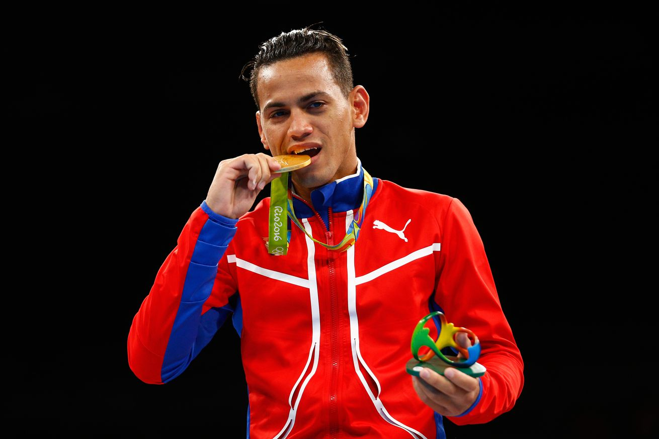 592316430.jpg.0 - Two-time Olympic gold medalist Robeisy Ramirez near deal with Top Rank