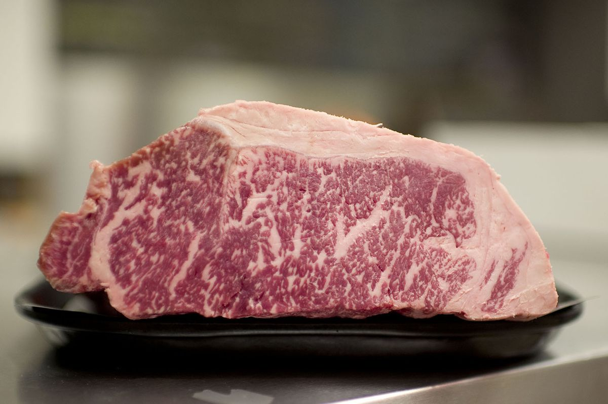 """Wagyu beef, which is often mislabeled as """"Kobe."""" Photo: Carlos Osorio/Toronto Star via Getty Images"""