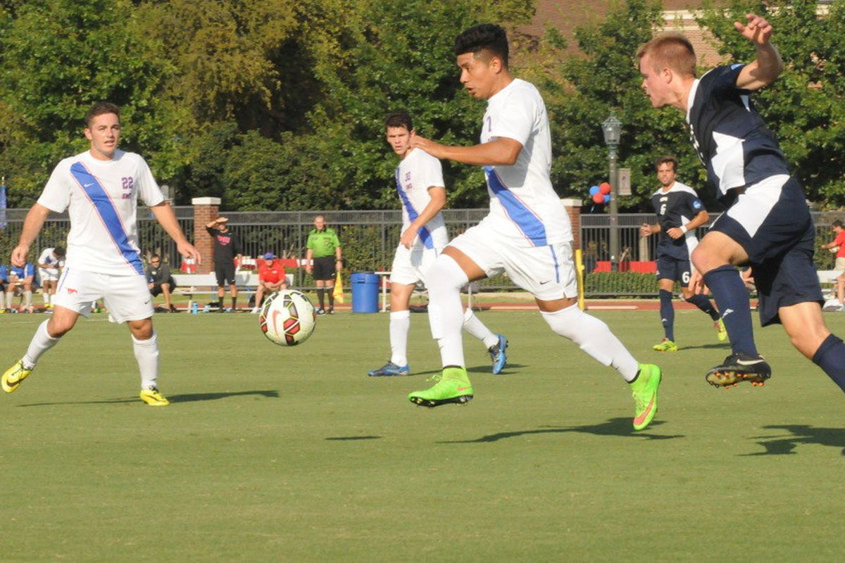 Damian Rosales lead SMU to another win.