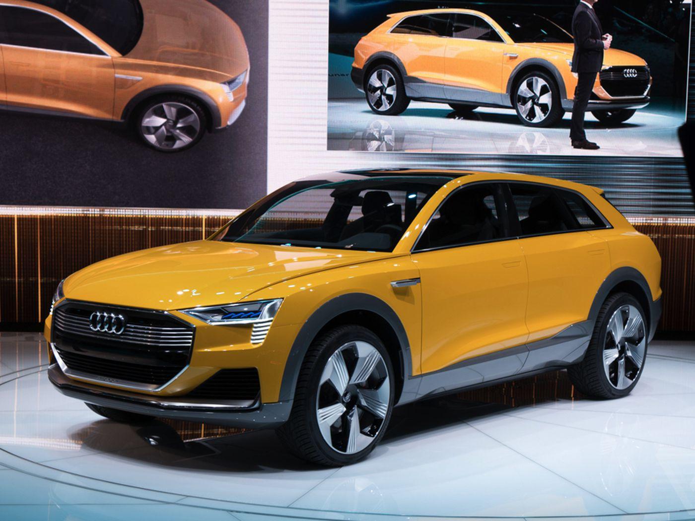 models small reviews audi doors motor trend plus suv premium research new used cars