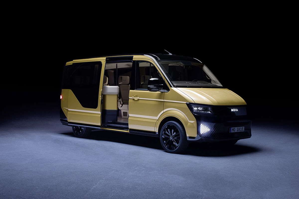 This Week A Subsidiary Of Volkswagen Called Moia Unveiled New Concept Vehicle In Berlin Six Seater All Electric Van Blandly Brown Color And