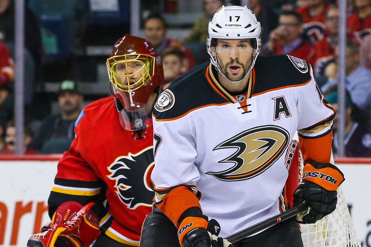Ryan Kesler potentially has new line mates to take on Jonas Hiller and the Flames.