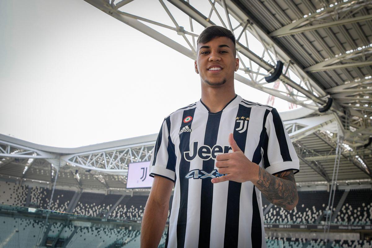 Juventus Unveil New Signing Kaio Jorge