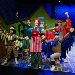 """From left, Jenessa Bowen (Yellow Bird), Logan Tarantino (Frog), Nate Waite (Toad), Ameila Rose Moore (Blue Bird) and Terry Lee McGriff (Red Bird) in Salt Lake Acting Company's """"A Year with Frog and Toad."""""""