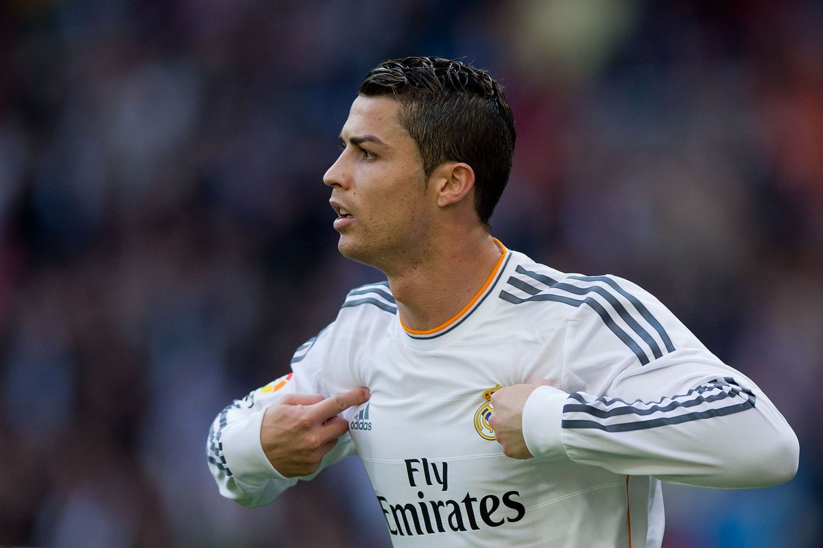 cristiano ronaldo should win the 2014 fifa ballon dor