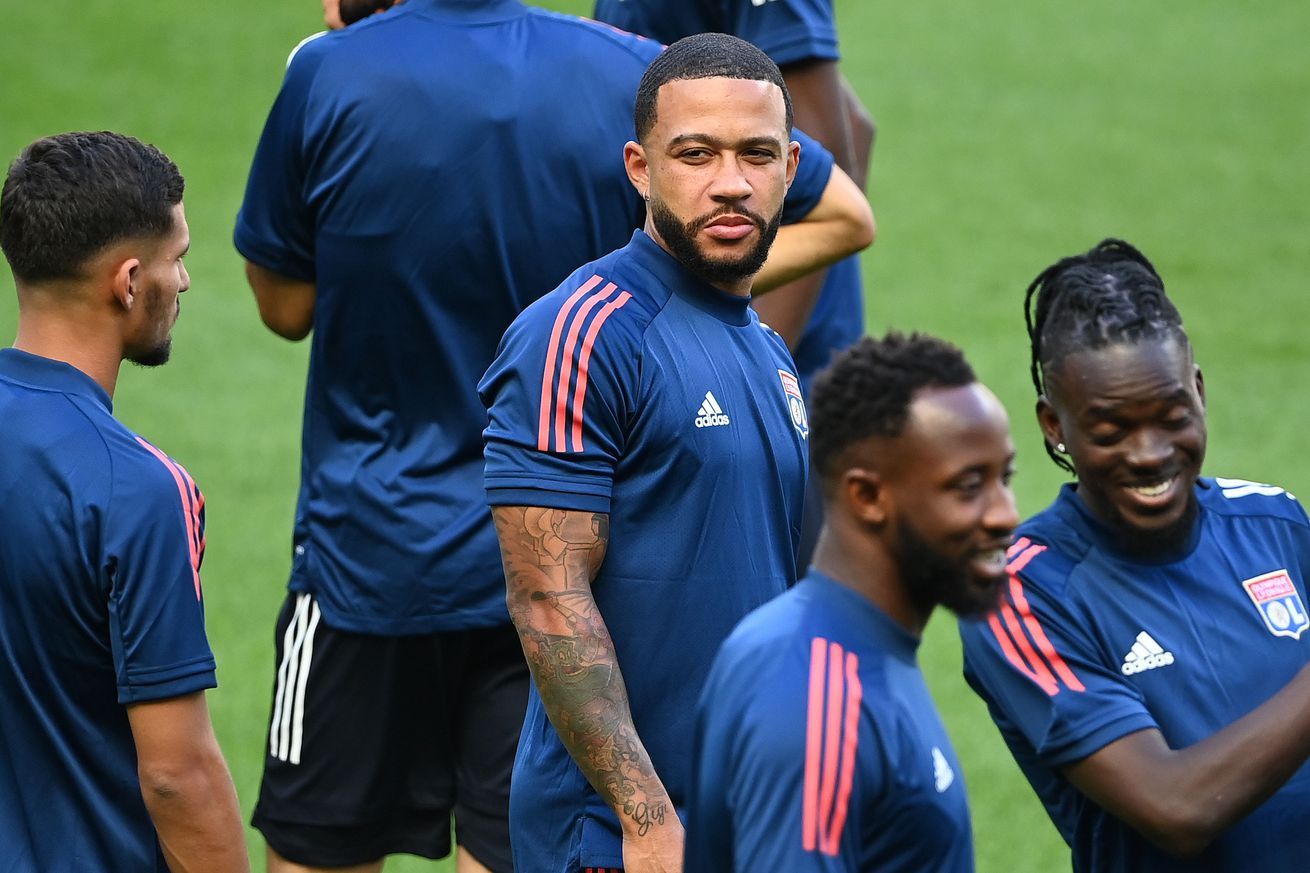 """The Daily Bee (July 31, 2020): Borussia Dortmund Targeting... Memphis Depay"""""""