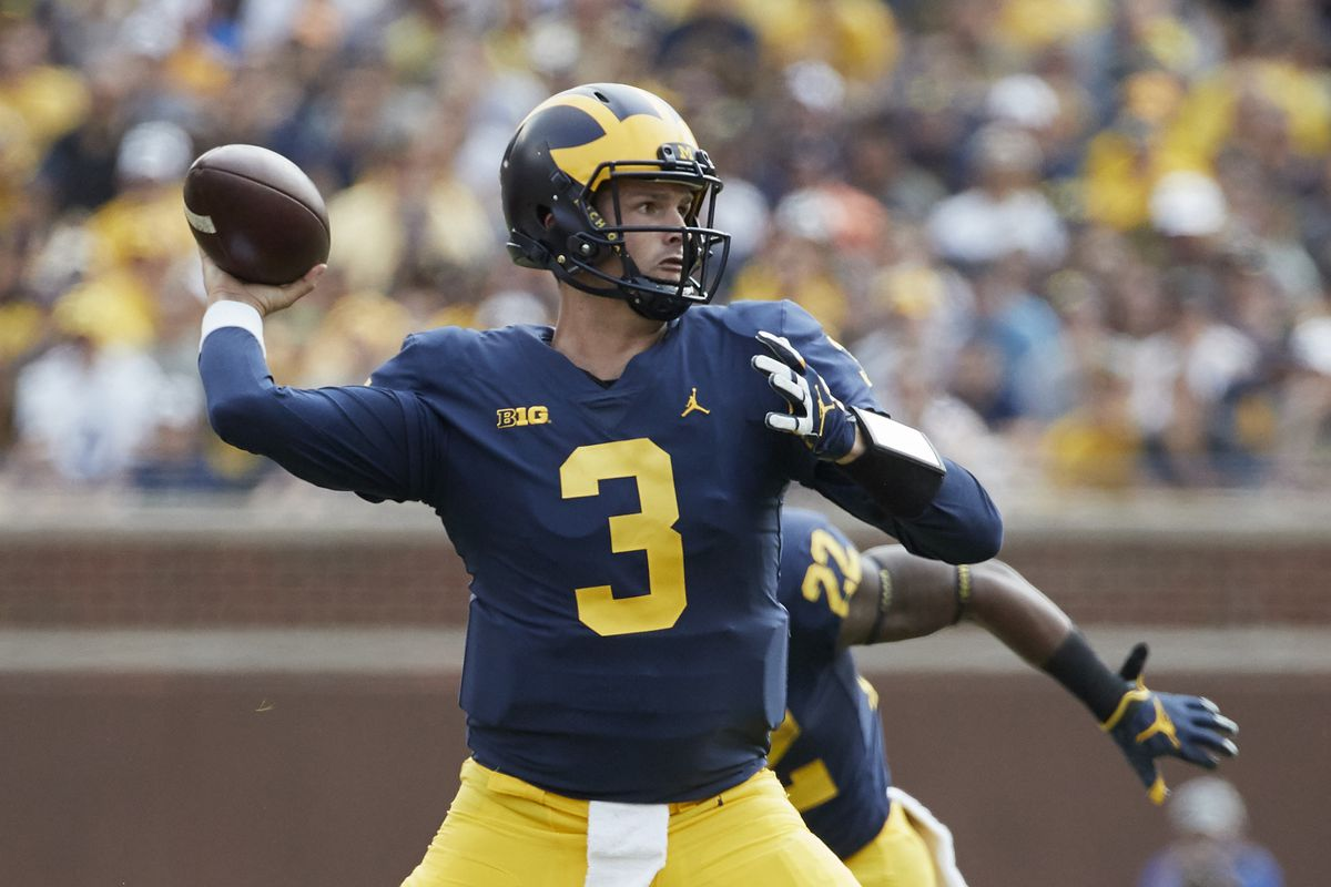 Wilton Speight announces he will transfer from MI