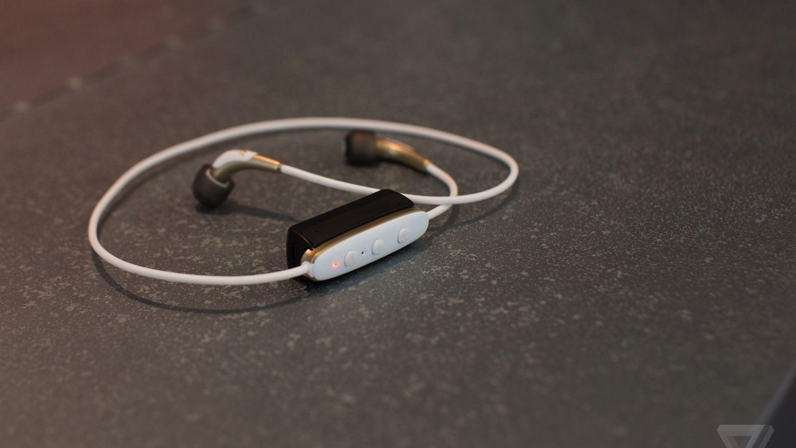 Bluetooth headphones are annoying - The Verge