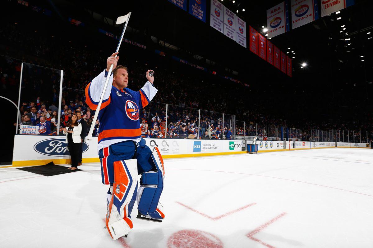 hot sale online b8bb4 86f2f Robin Lehner leaves for Chicago Blackhawks while Islanders ...