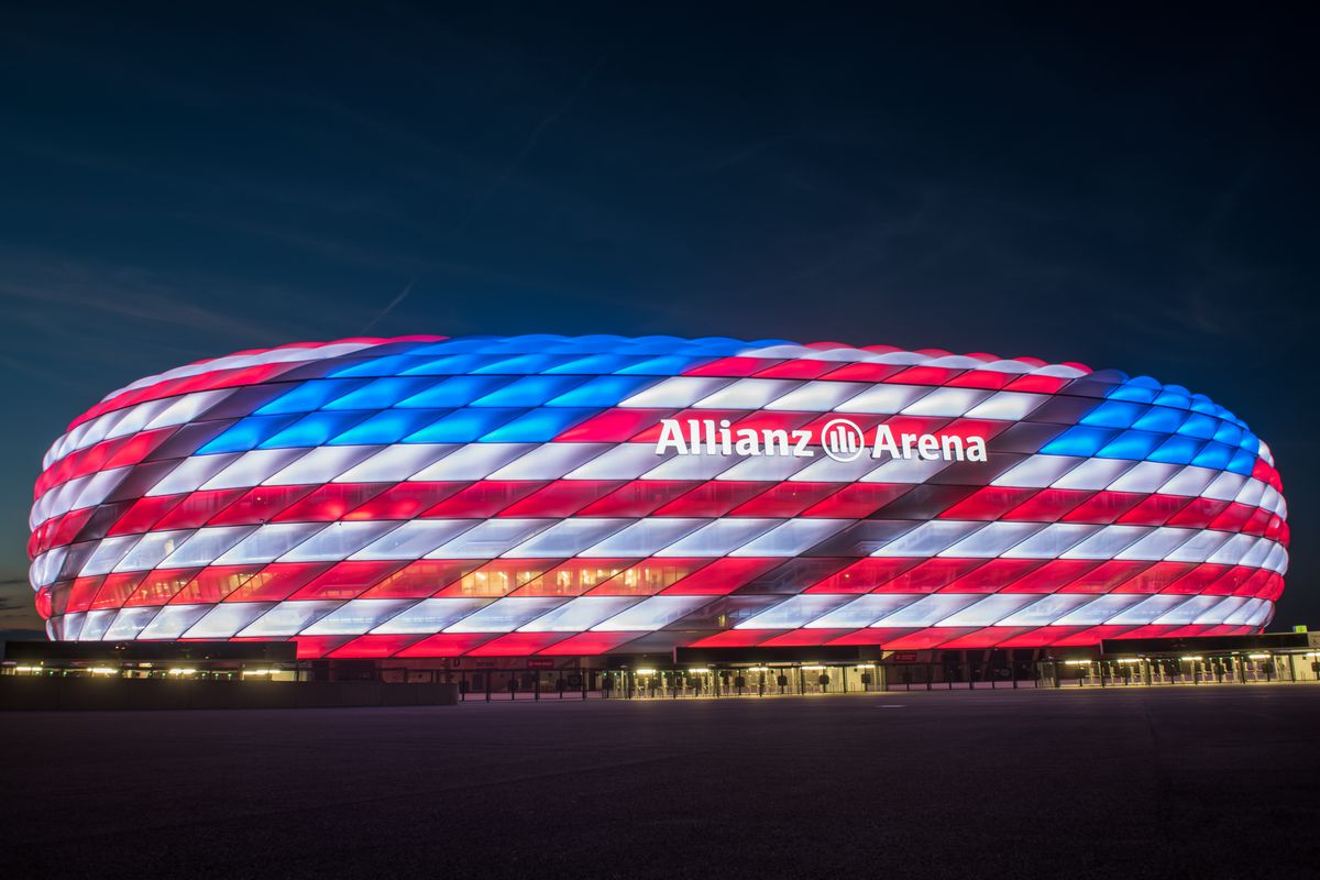 bayern munich lit the allianz arena today to resemble the american flag bavarian football works. Black Bedroom Furniture Sets. Home Design Ideas