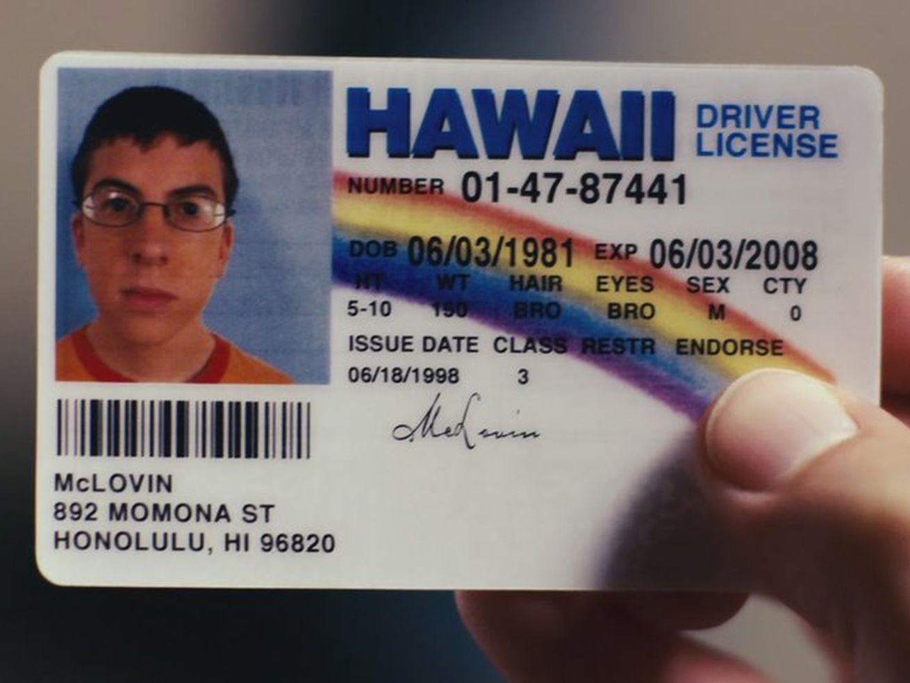 """Someone Actually Used A """"McLovin"""" ID At A Bar"""