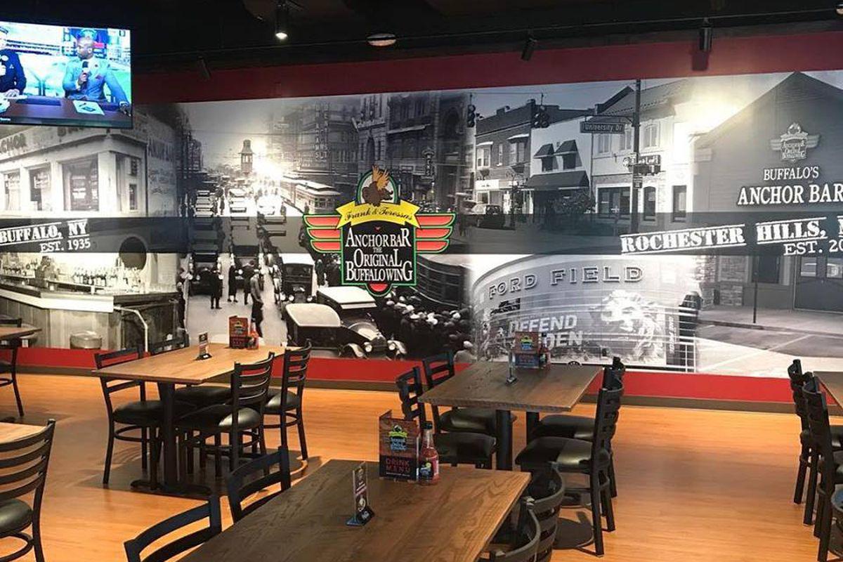 New Yorks Anchor Bar Brings Original Recipe For Buffalo Wings To