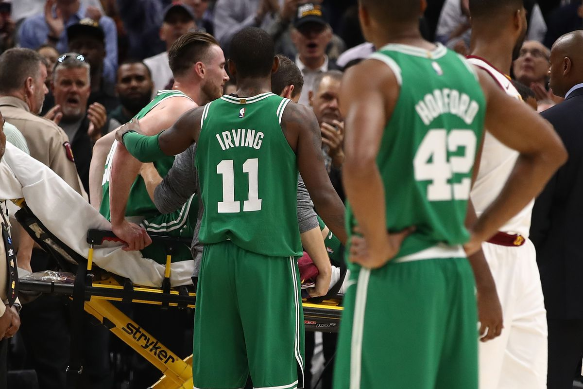 Gordon Hayward S Awful Injury Ended His First Celtics Season Before It Started Sbnation Com
