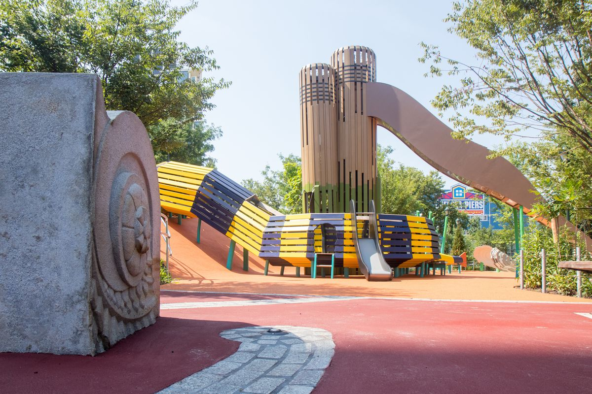 Hudson River Park Playground Makeover Nods To Neighborhood S Past Curbed Ny
