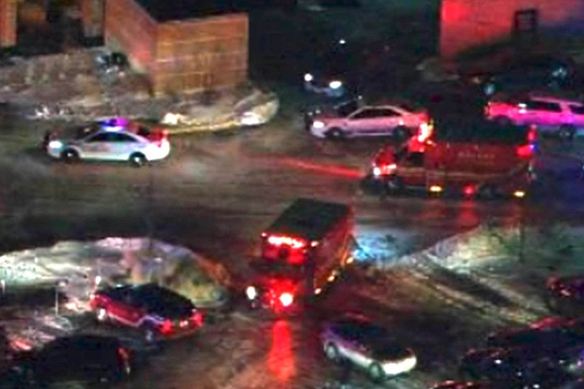 Orland Square Mall shooting leaves 1 dead, 1 injured; shooter still ...