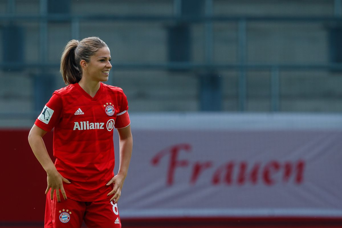 Bayern Muenchen Women's v VfL Wolfsburg Women's - Flyeralarm Frauen-Bundesliga