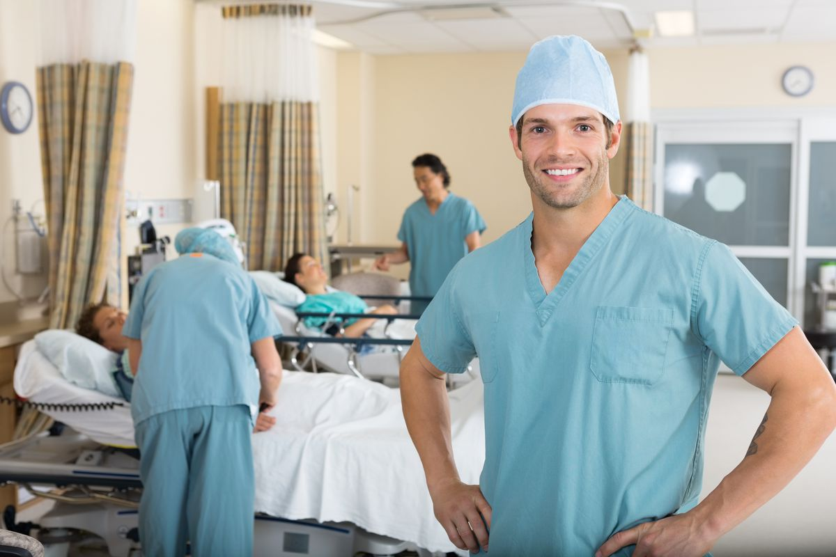 Male Nurses Have Been Earning Thousands More Than Female -7656