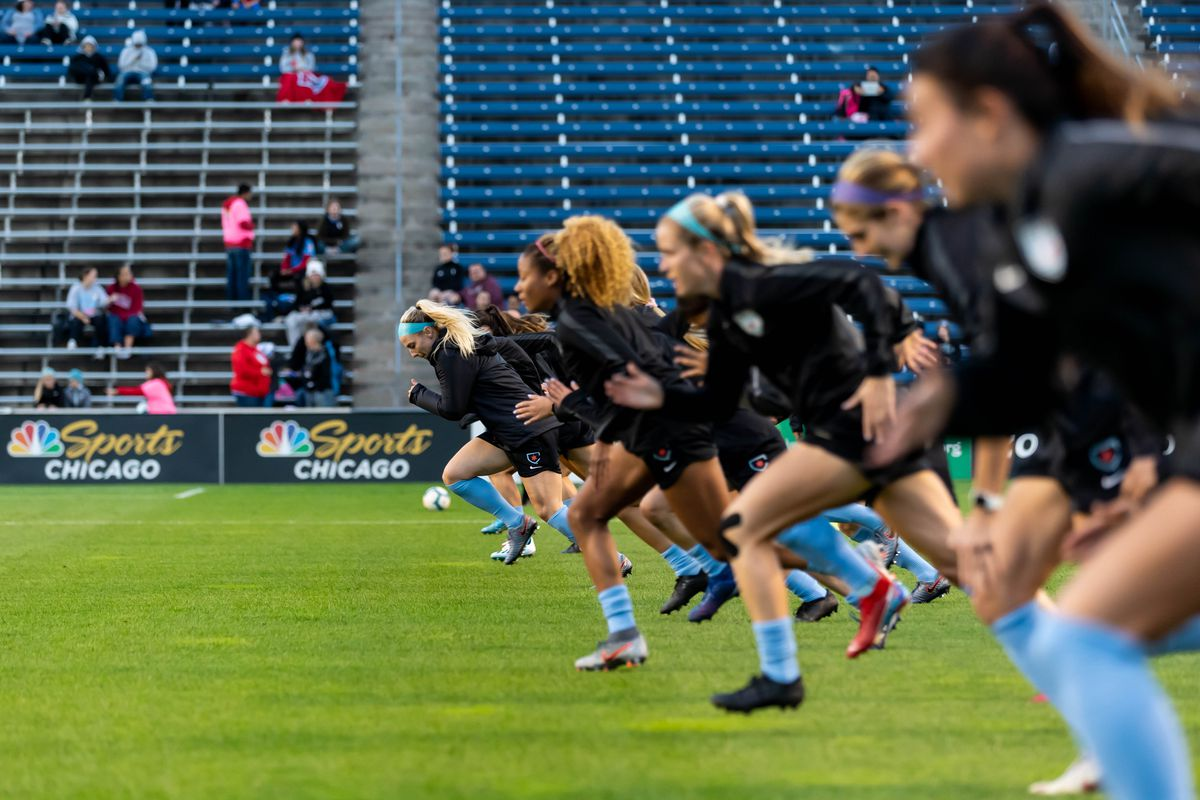 Julie Ertz leads the Red Stars in warmups before the final regular season game of 2019 against the Utah Royals.   Annie Costabile/Sun-Times