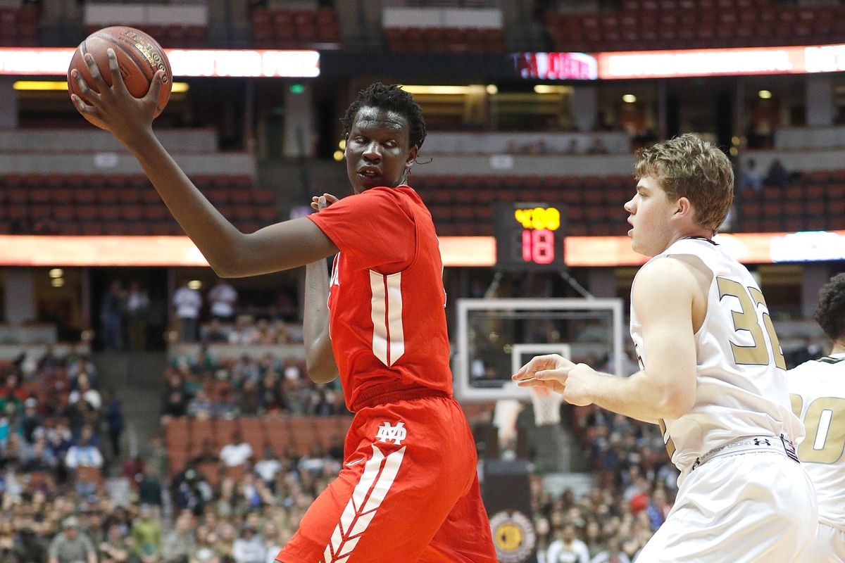 ANAHEIM, CA - MARCH 04:  Bol Bol #1 of Mater Dei High School looks for the open pass during the game against Bishop Montgomery High School at the Honda Center on March 4, 2017 in Anaheim, California.  (Photo by Josh Lefkowitz/Getty Images)