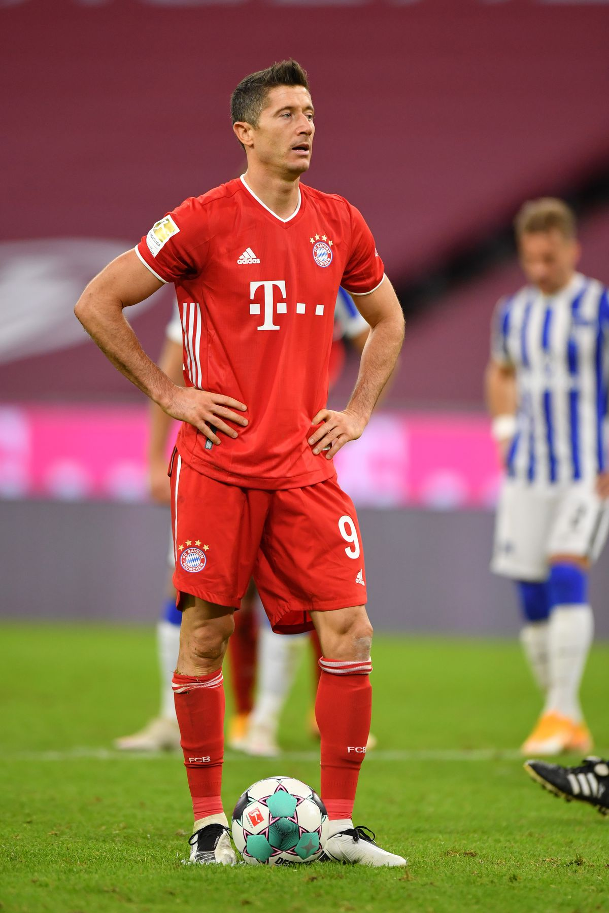 Weekend Warm Up Bayern Munich S Robert Lewandowski Deserves The Ballon D Or Germany S Troubles Need To End A Stunning Admission And More Bavarian Football Works
