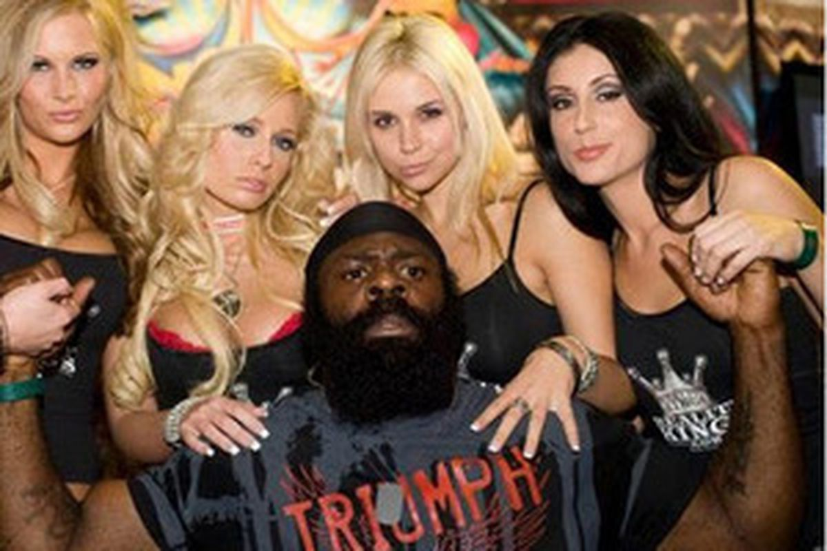 kevin connolly wants to make kimbo slice movie bloody elbow