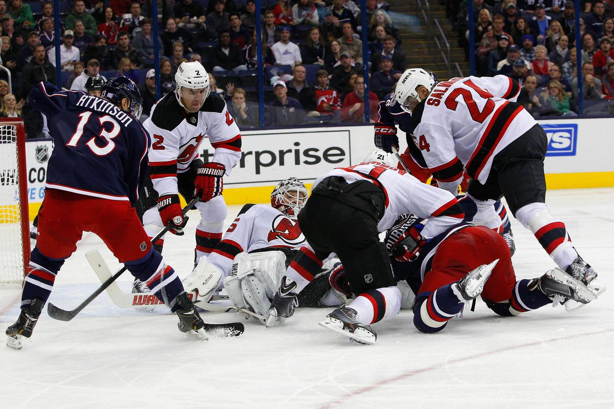 Two Metropolitan Division foes attempt to play hockey, mostly fail.