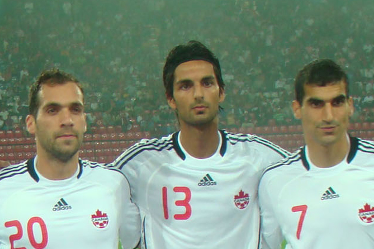Massih Wassey (centre) lines up with Pedro Pacheco and Paul Stalteri before Canada's 2010 friendly against Venezuela. (Canadian Soccer Association/CanadaSoccer.com)