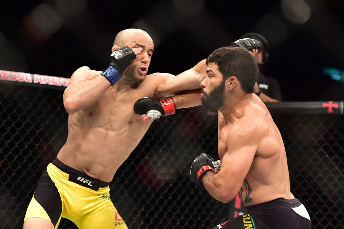 UFC 253: Champion Israel Adesanya cuts Paulo Costa down to ...  |Ufc