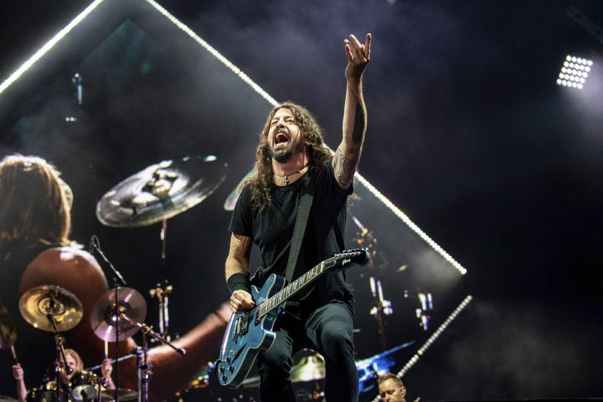 997a66302 Dave Grohl of the Foo Fighters performs during the Festival d'ete de Quebec  on Monday, July 9, 2018, in Quebec City, Canada.   Amy Harris/Invision/AP