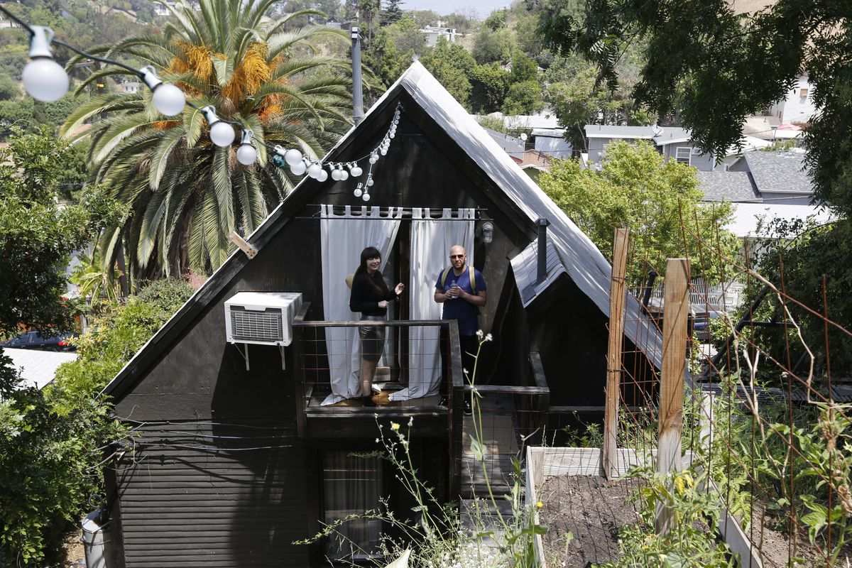 Los Angeles adopts rules cracking down on Airbnb hosts