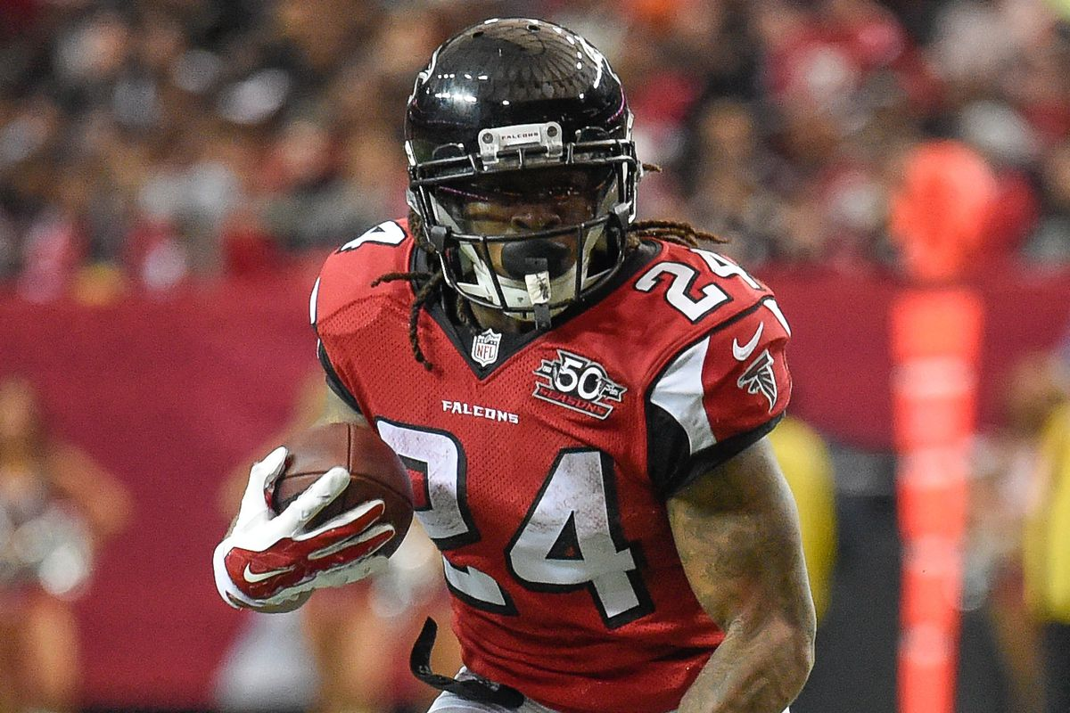 26e19726a61 Devonta Freeman has the best value contract on the Falcons roster. Dale  Zanine-USA TODAY Sports