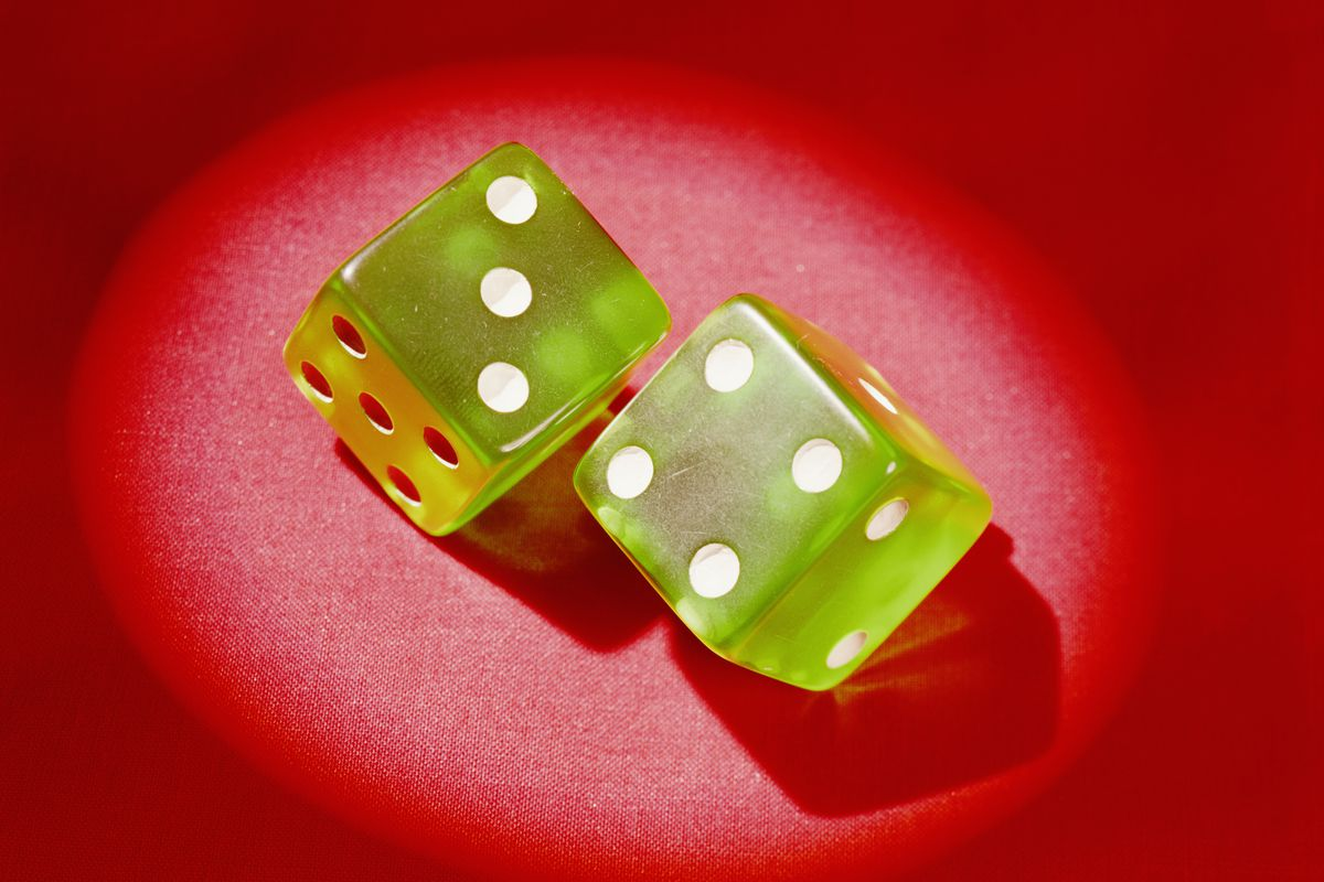 Pair of dice showing 'lucky seven'