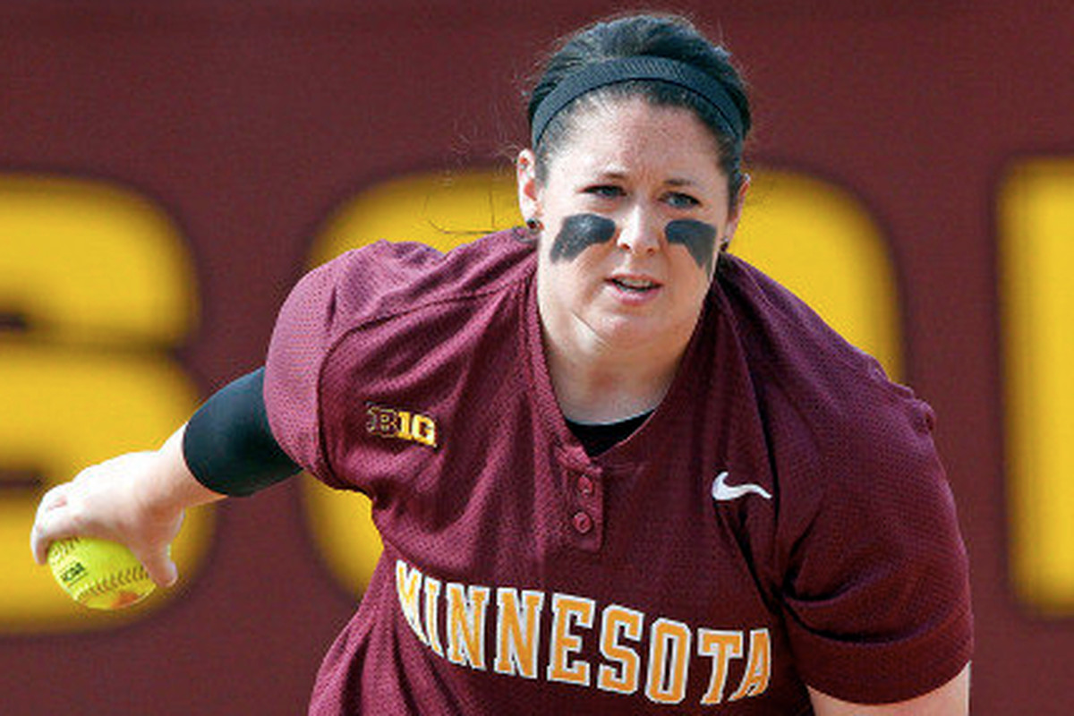 Sara Moulton will lead the Gophers into Howe Field at the University of Oregon this weekend