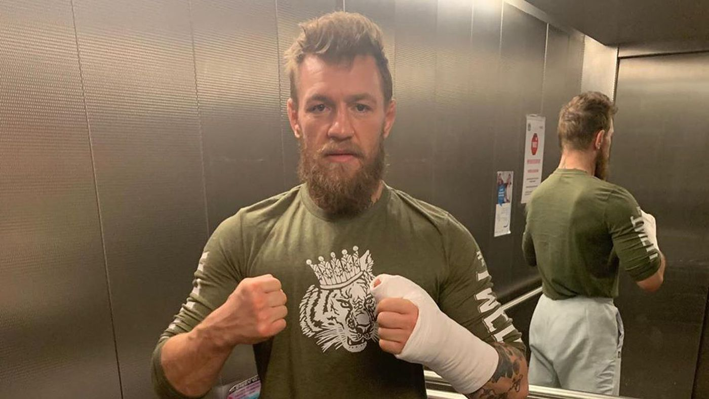 Pic: Conor McGregor injured, forced to wear cast following latest setback