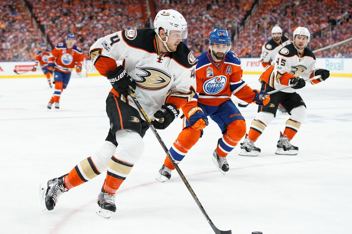 Anaheim Ducks v Edmonton Oilers - Game Three