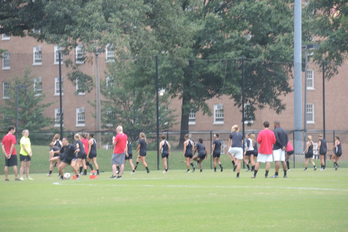 Women's soccer cools down after practice