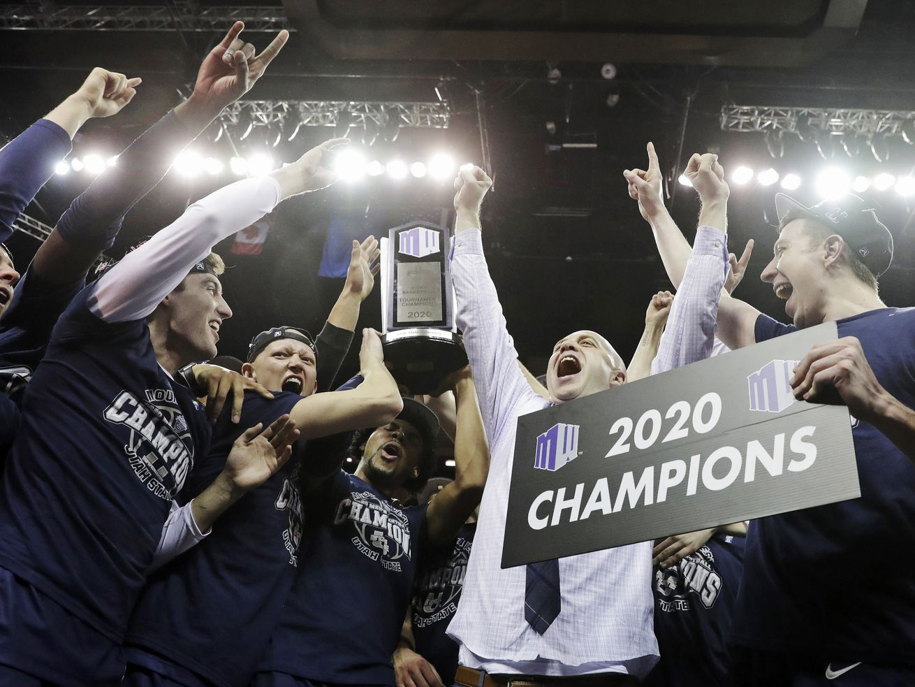 Utah State basketball: Aggies ready to put 'uneven year' behind them