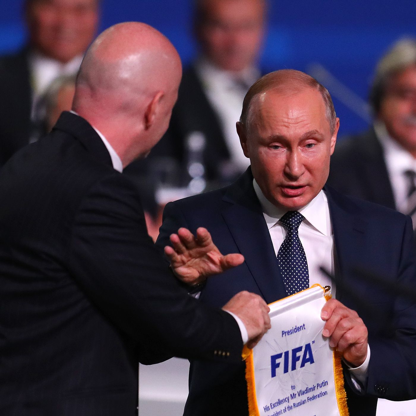 Vladimir Putin S Handshake Showed Politics Can T Escape World Cup Sbnation Com