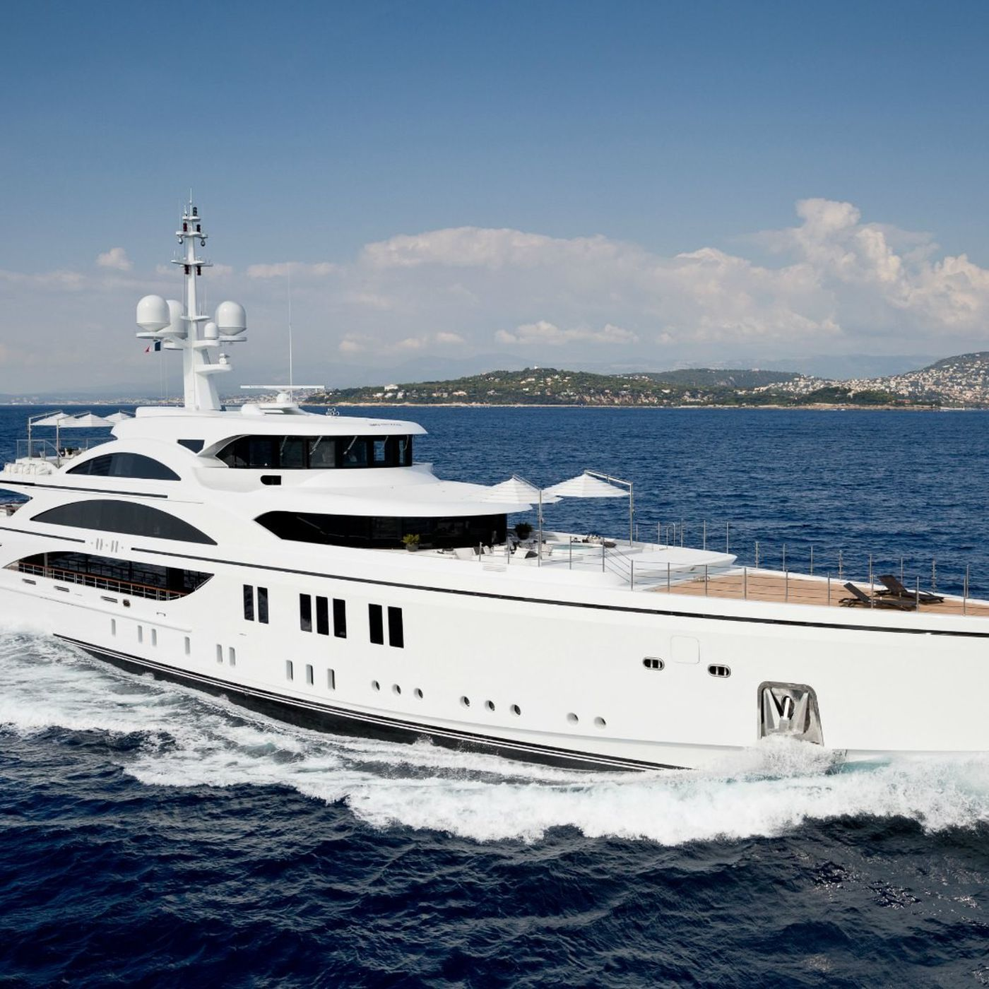 Largest Yachts At Miami Beach