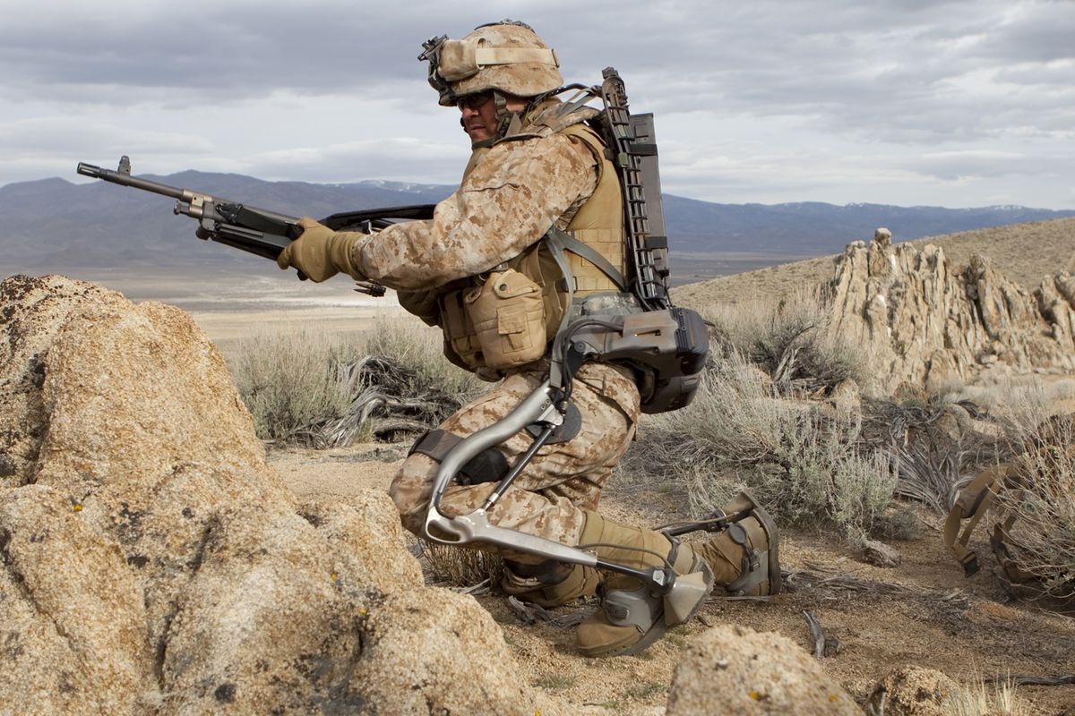 Lockheed's powered HULC exoskeleton could let fighters carry 200 pounds of combat gear without getting tired.