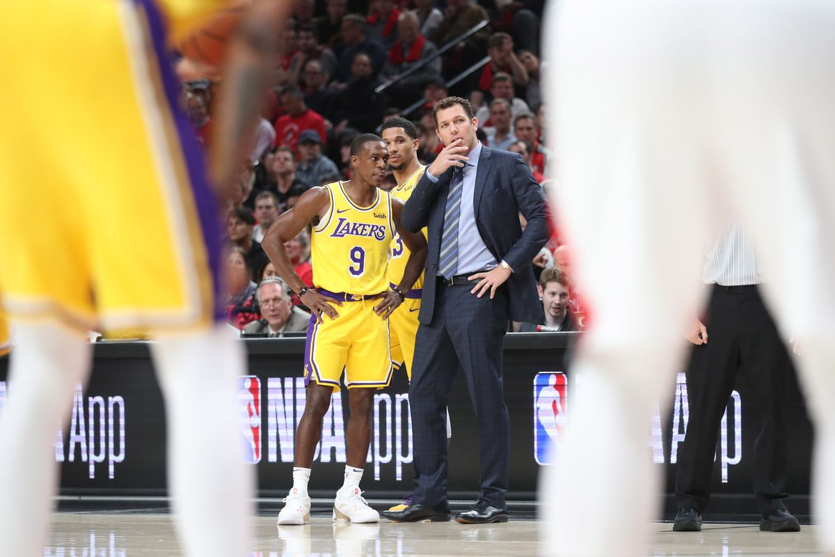 Rajon Rondo praises 'competitive as hell' Luke Walton, defends his offensive system