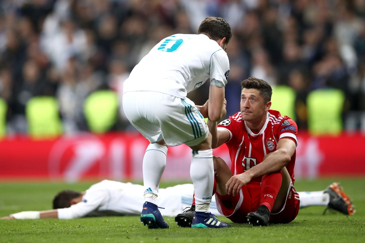 Robert Lewandowski Says It Is Too Late For Real Madrid Move But Is Happy In Munich Bavarian Football Works